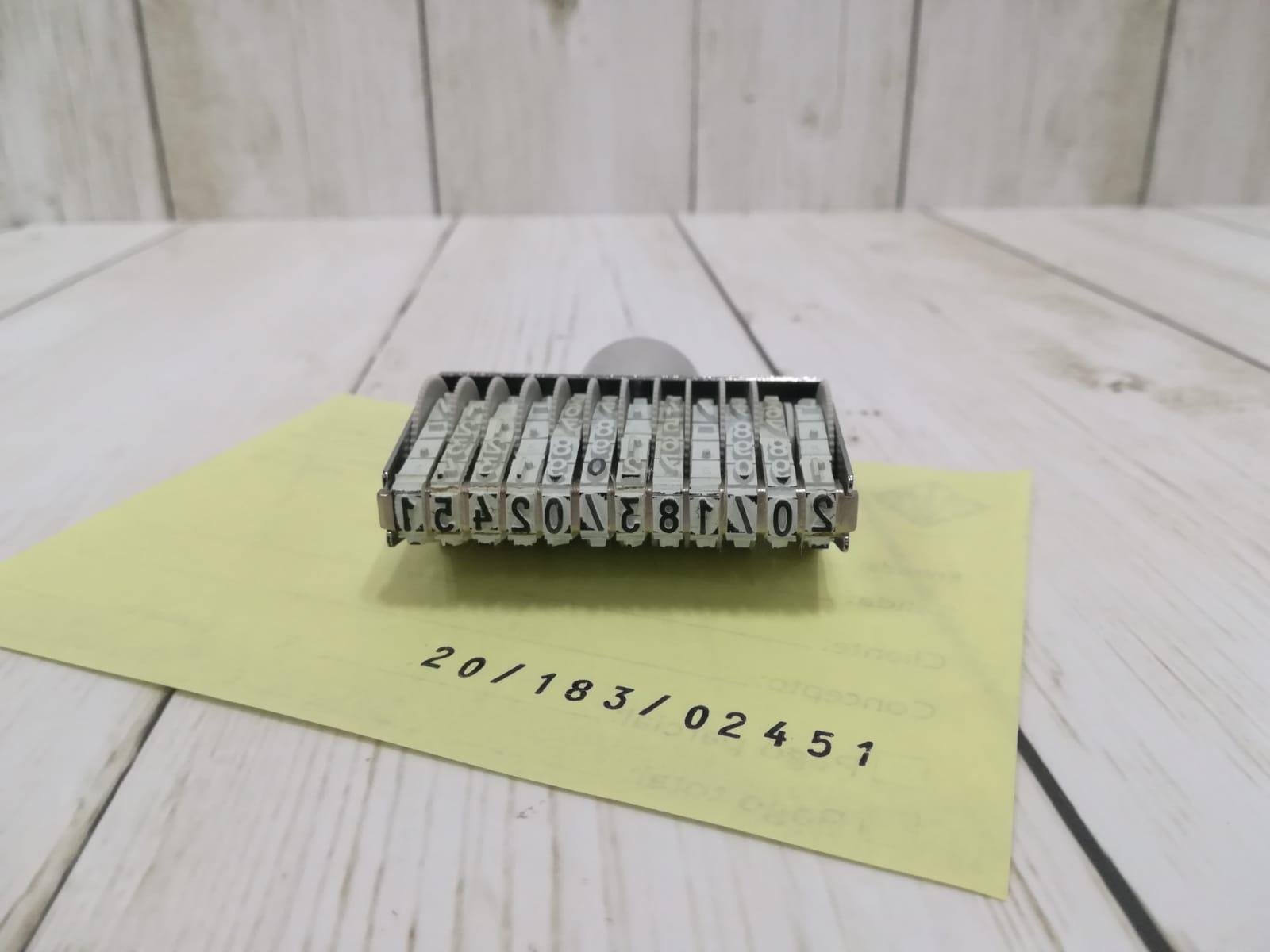 Sellos numeradores manuales para oficina